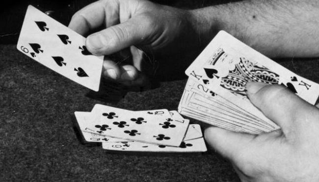Strategi dalam Bermain Poker